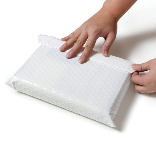 Side Opening Bubble Padded Mailing Bags 3