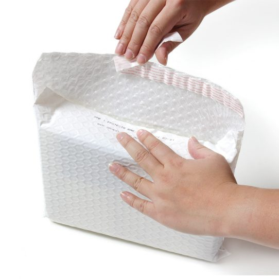 Side Opening Bubble Padded Mailing Bags 4
